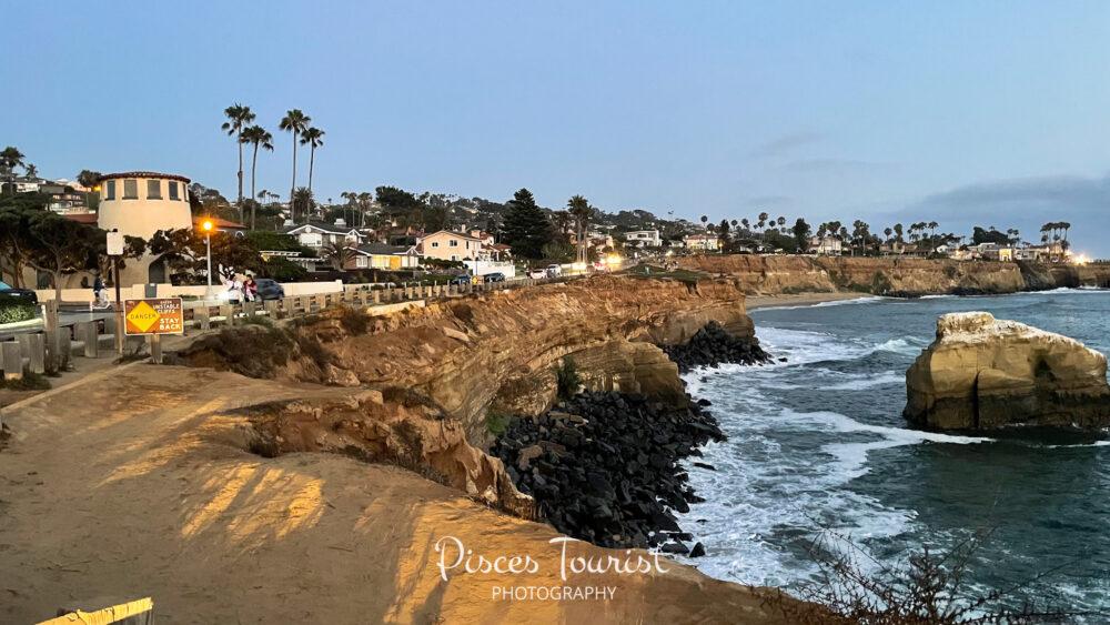 Sunset_Cliffs_Natural_Park_San_Diego_Pisces_Tourist_1_JPG