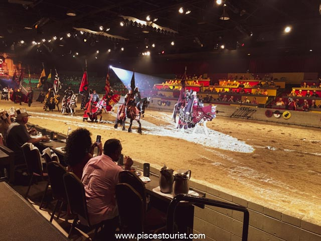 Medieval +Times+Dinner & Tournament+With+Pisces+Tourist